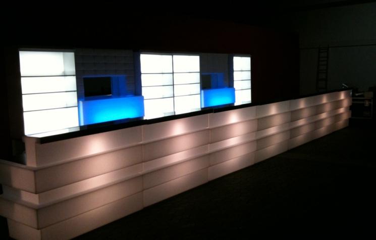 mobile bars mobile led cocktailbar mieten. Black Bedroom Furniture Sets. Home Design Ideas
